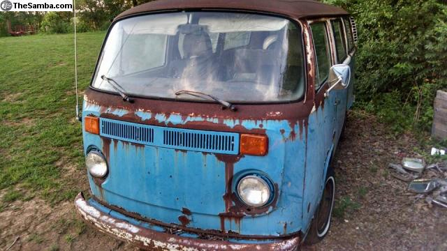 Bella the Photo Bus Before Restore