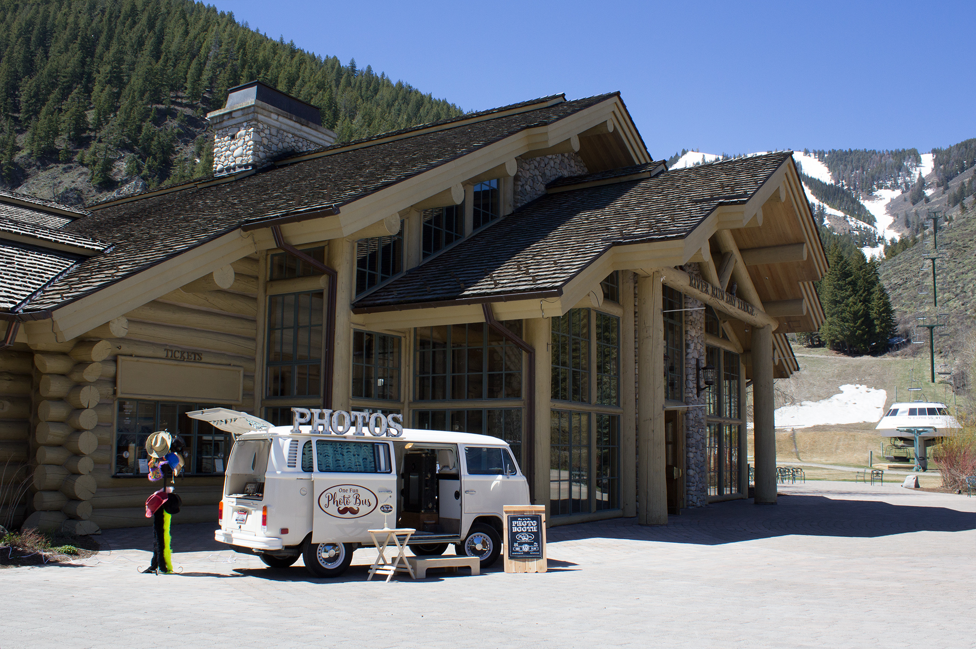 Sun Valley Photo Bus