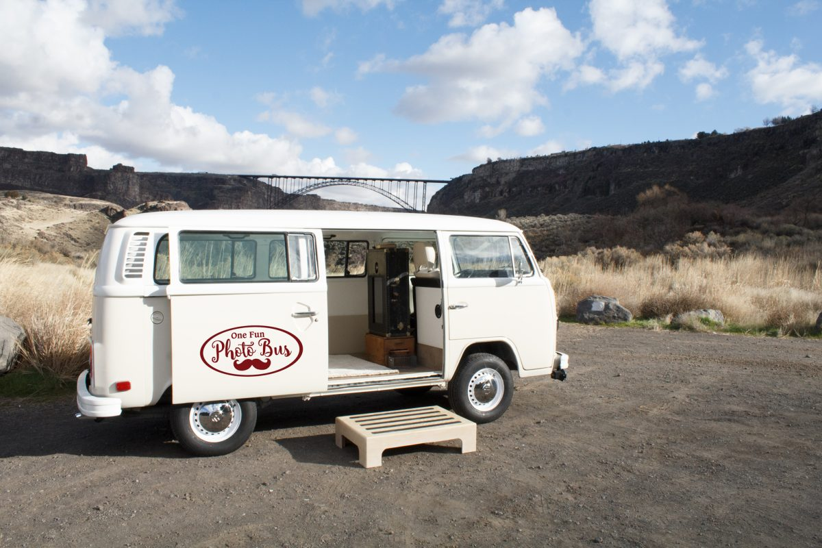 Wedding photo bus, Sun Valley photo bus, Southern Idaho photo bus, photo bus, photo booth rental, photo booth rental idaho, photo booth rental sun valley, photo booth rental twin falls, photo booth rental idaho falls
